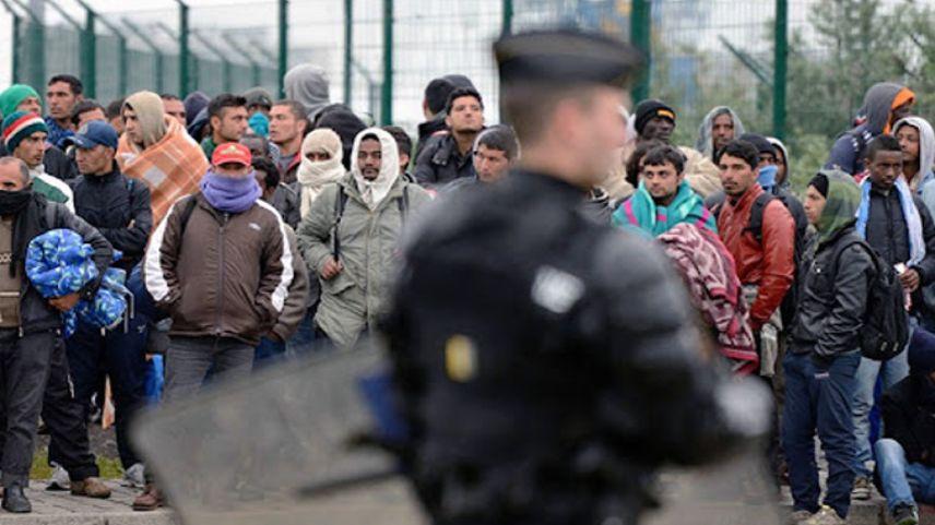 Fransa göçmen politikasında Yunanistan'ı örnek alacak